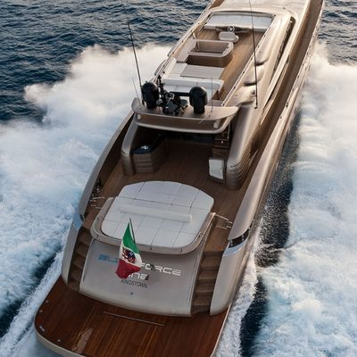 Five Waves Yacht