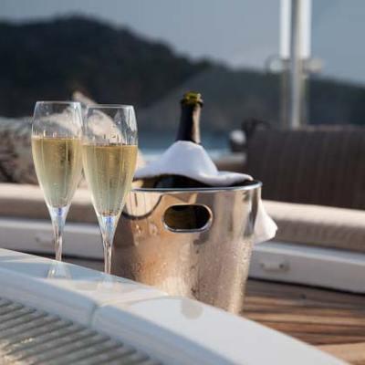 Shake N Bake TBD Yacht Detail - Champagne