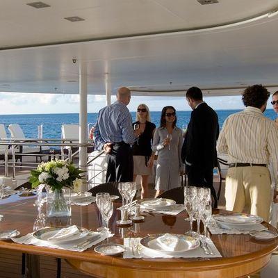 Elegant 007 Yacht Sundeck - Table Set