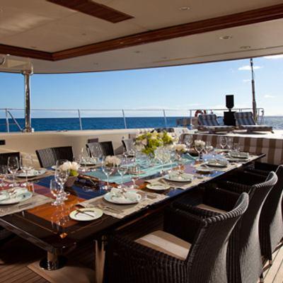Tiara Yacht Aft deck dining