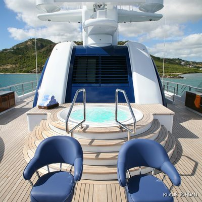Bella Vita Yacht Jacuzzi