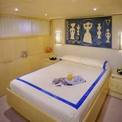 CD Two Yacht Blue Guest Stateroom