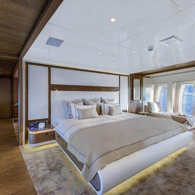 Liquid Sky Yacht Master Cabin