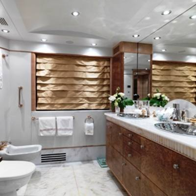 Balaju Yacht Guest Bathroom