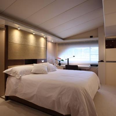 Lionshare Yacht Master Stateroom