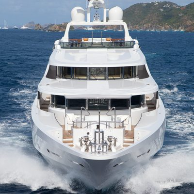 Sunrise Yacht Running Bow