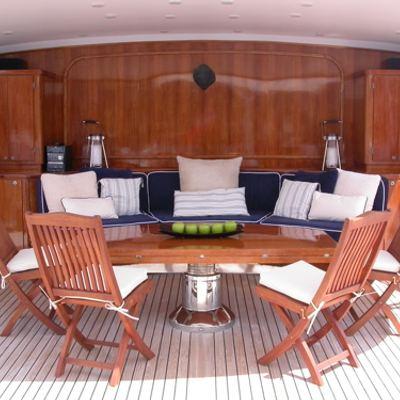 Ava Sundeck lounge