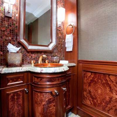 Avalon Yacht Guest Bathroom