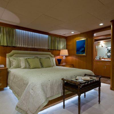 Sea Falcon II Yacht Guest Stateroom