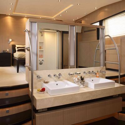 Hooligan II Yacht Master Bathroom
