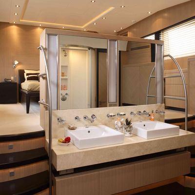 Hooligan II Yacht Master Bathroom