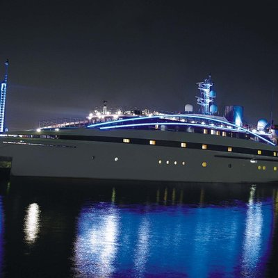 Elegant 007 Yacht Night Profile - Lights