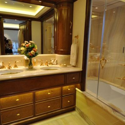 Lady Kathryn V Yacht Guest Bathroom