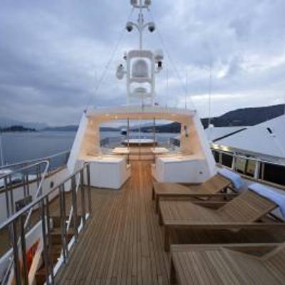 Corvus Yacht Sundeck