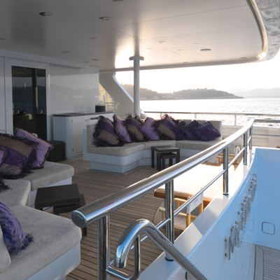 My Little Violet Yacht Covered Area