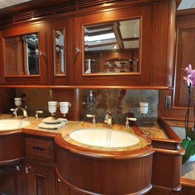 Athos Yacht Guest Bathroom