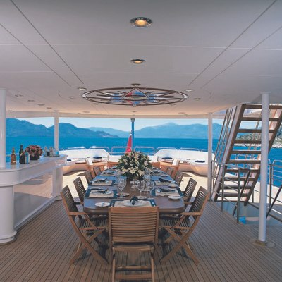 Insignia Yacht Upper Deck - Dining