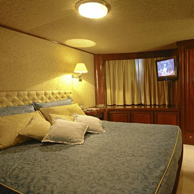 Intuition Lady Yacht Guest Stateroom