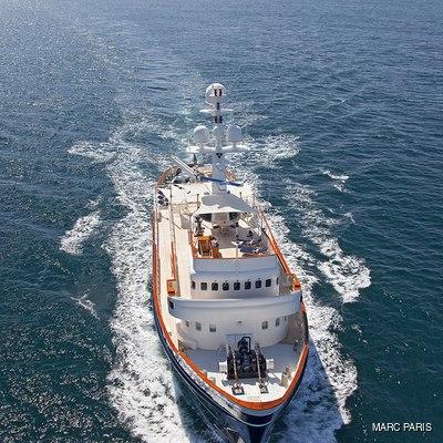 Seawolf Yacht Running Shot - Front View