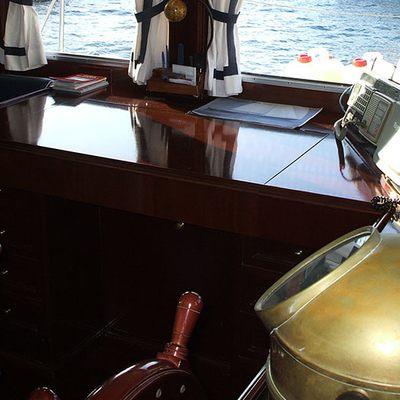 Mi Reina Yacht