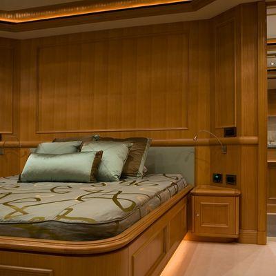 Hana Yacht Double Stateroom