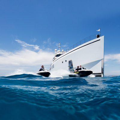 11/11 Yacht