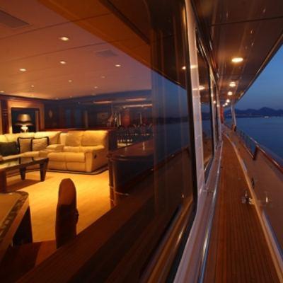 Daydream Yacht Side Deck