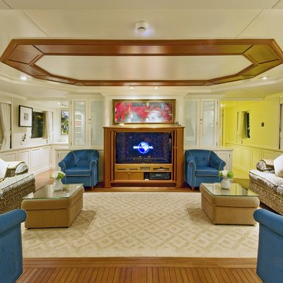 Legend Yacht Bridge Deck Lounge