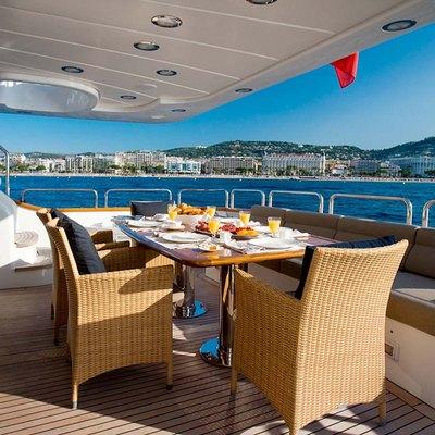 Jazz  Yacht