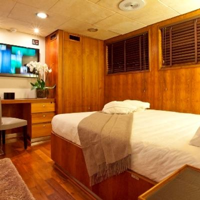 Callista Yacht Guest Double Cabin
