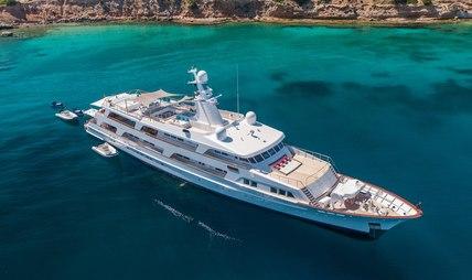 Illusion I Charter Yacht