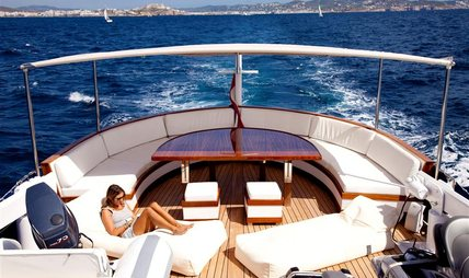 Spoom Charter Yacht - 2