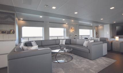 'H Charter Yacht - 6
