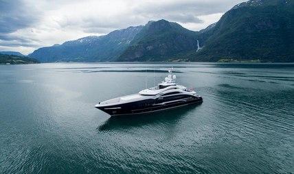 Lady Li Charter Yacht - 5