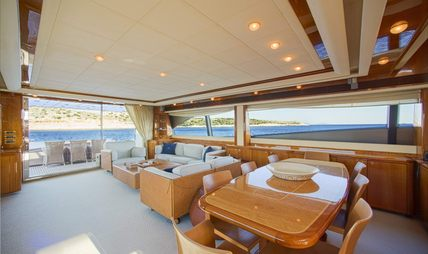 Day Off Charter Yacht - 6