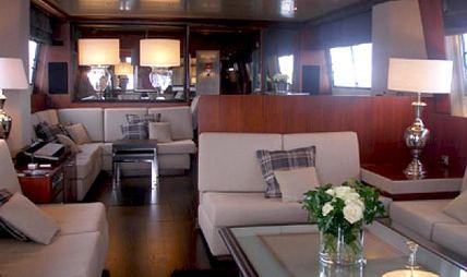 Queen South Charter Yacht - 6