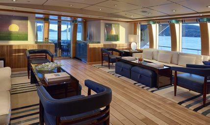 Victoria Del Mar Charter Yacht - 8