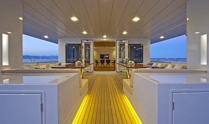 Preference 19 Charter Yacht - 3