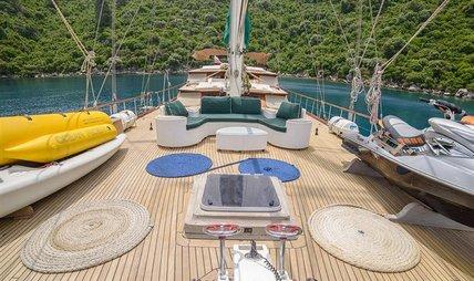 Grande Mare Charter Yacht - 5