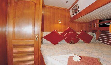 High Aspect Charter Yacht - 7