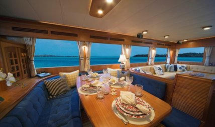 Alexandra Bear Charter Yacht - 5
