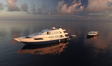 Honors Legacy Charter Yacht - 5