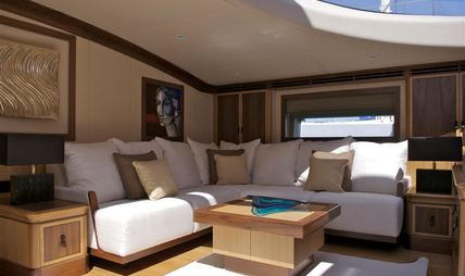 Mes Amis Charter Yacht - 4
