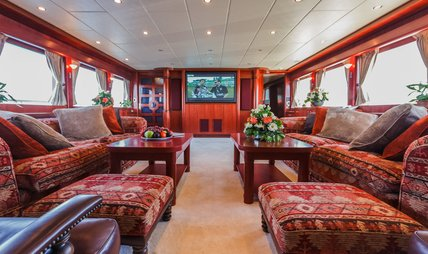 Johnson Baby Charter Yacht - 7