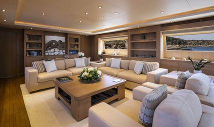 Alexia AV Charter Yacht - 8