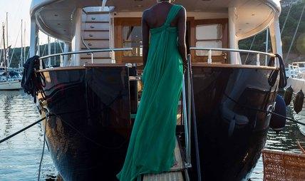 Raymond Du Puy Charter Yacht - 5