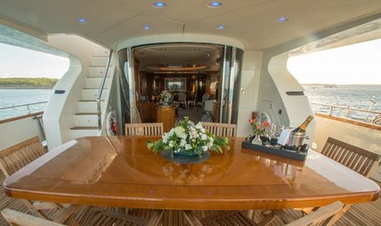 Endless Sun Charter Yacht - 8