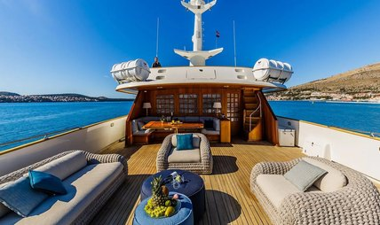 To Je To Charter Yacht - 2