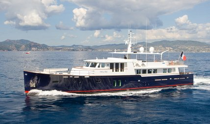 Paolyre Charter Yacht