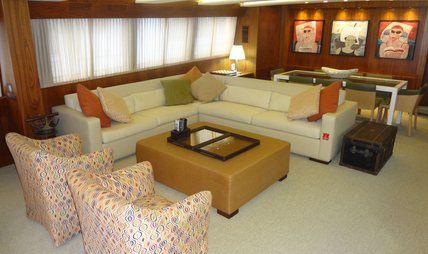 Vintage Charter Yacht - 3
